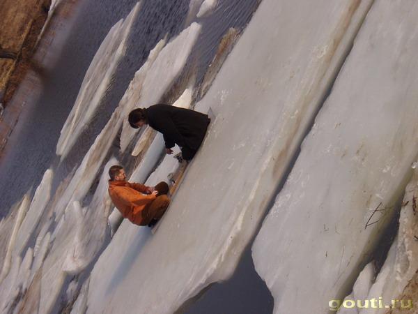 Го на льдине. Немного укачивает