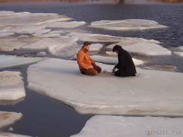 Го на льдине. Лед тает - мы явно на байоми