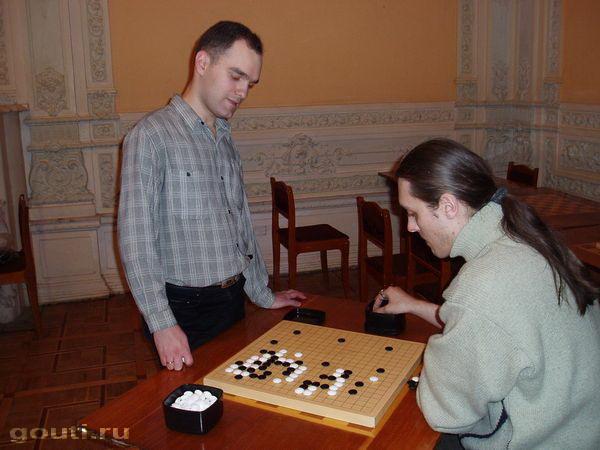 На фото А. Динерштейн слева и В. Филиппов справа.