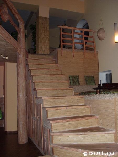Можно подняться наверх.