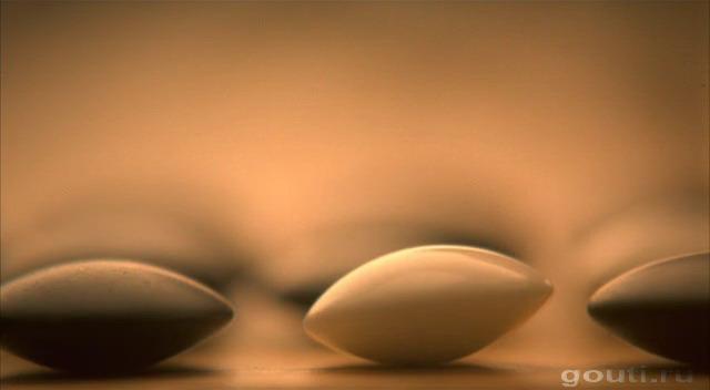 И этот камень еще покачивается несколько мгновений, мастерская макросъемка!